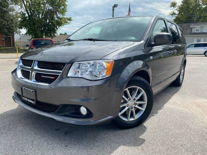 2014 Dodge Grand Caravan for sale at Total Eclipse Auto Sales & Service in Red Bud IL
