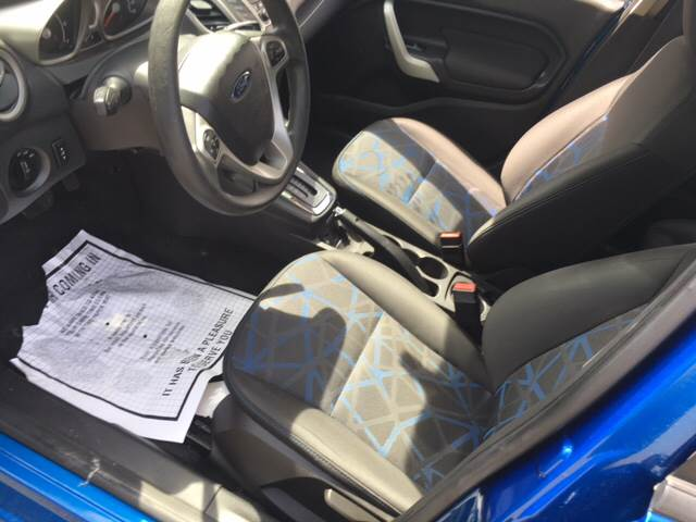 2011 Ford Fiesta SE 4dr Hatchback - Agawam MA