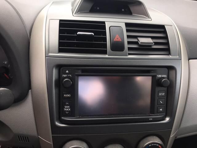 2013 Toyota Corolla LE 4dr Sedan 4A - Agawam MA