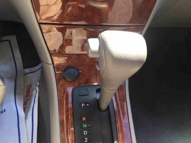 2004 Toyota Corolla LE 4dr Sedan - Agawam MA