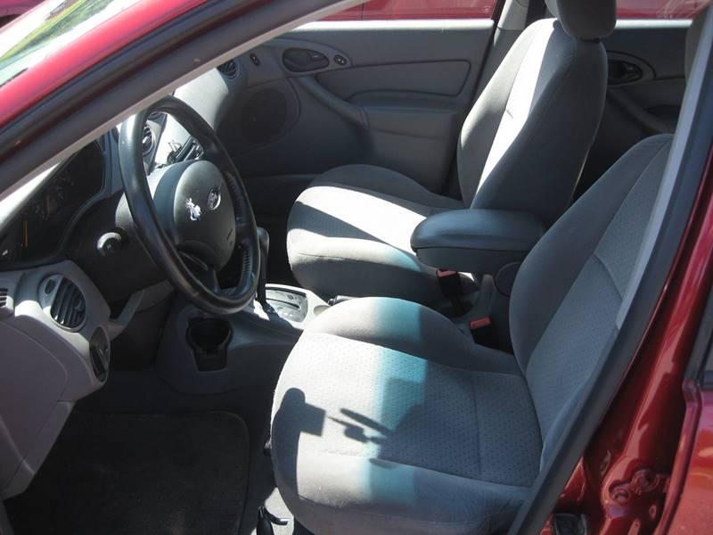 2004 Ford Focus ZX5 4dr Hatchback - Hudson NH