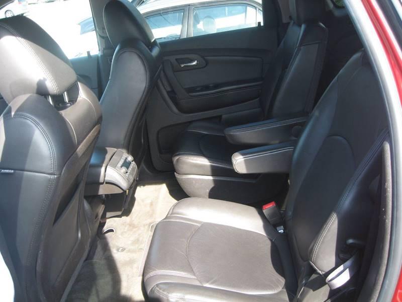 2011 Chevrolet Traverse AWD LT 4dr SUV w/2LT - Hudson NH