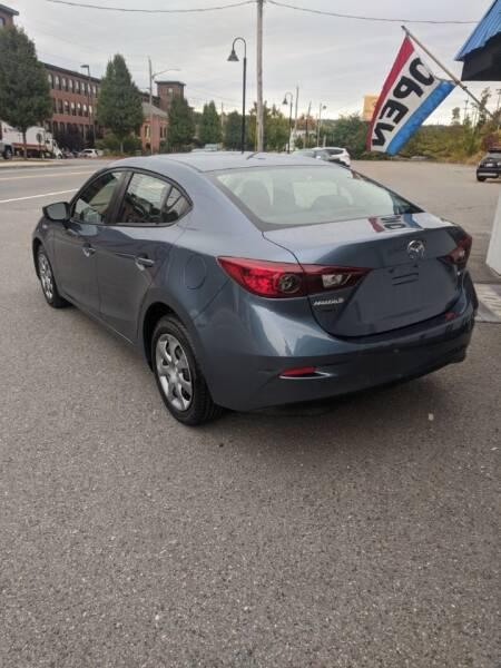 2015 Mazda MAZDA3 i Sport 4dr Sedan 6A - Fitchburg MA