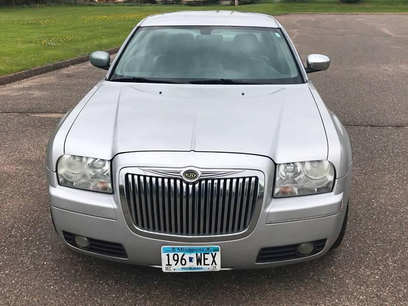 2007 Chrysler 300 3