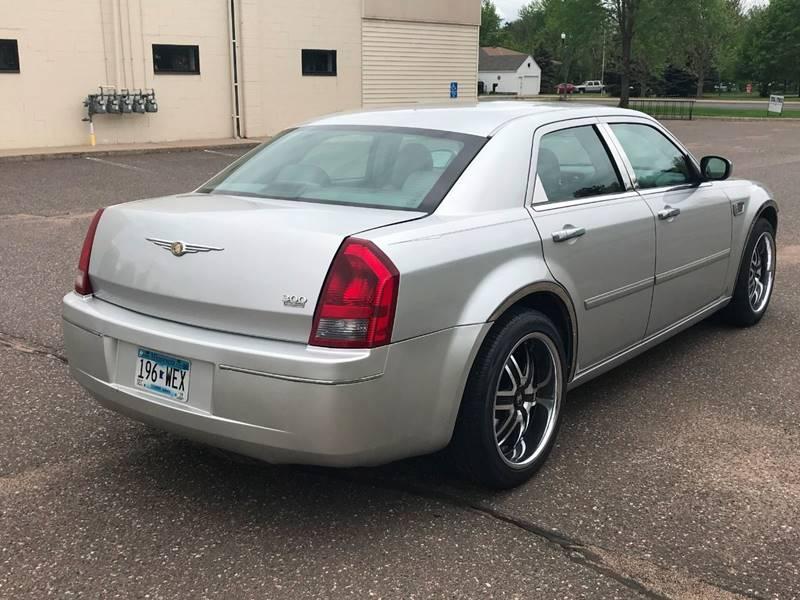 2007 Chrysler 300 6