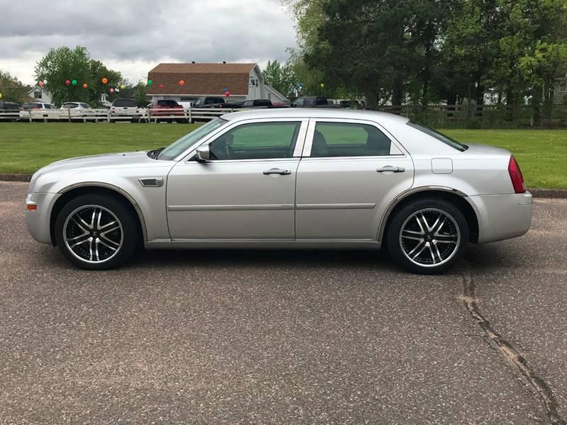 2007 Chrysler 300 9