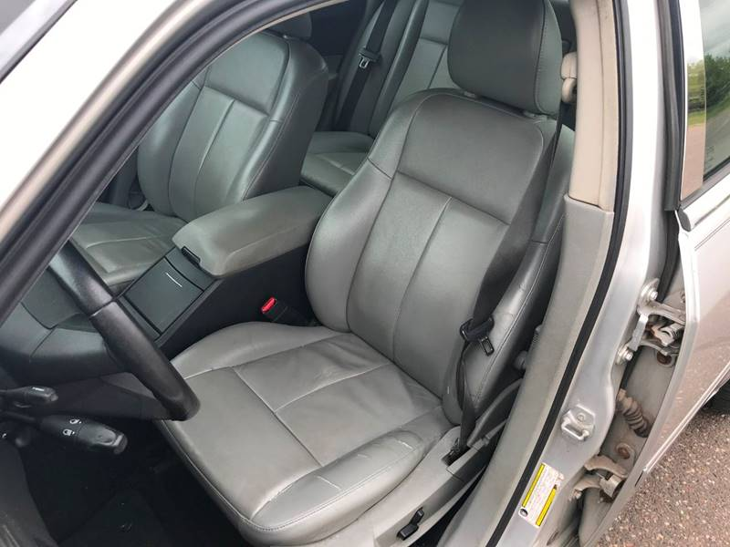 2007 Chrysler 300 12