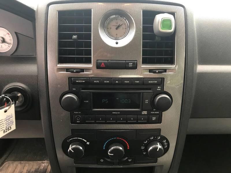 2007 Chrysler 300 14