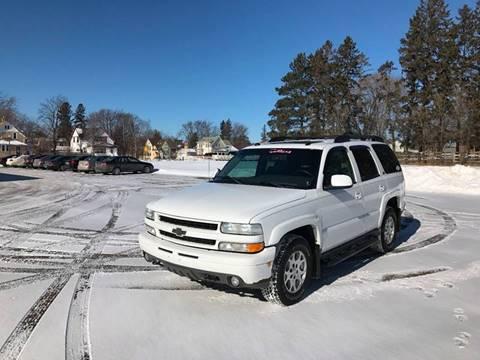 2004 Chevrolet Tahoe for sale in Cambridge, MN