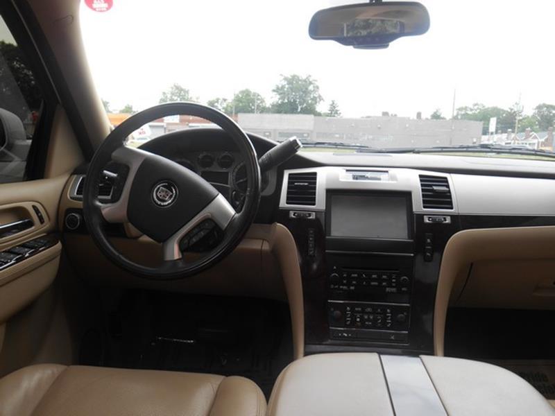 2011 Cadillac Escalade Esv Detroit Used Car for Sale