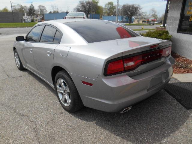 2011 Dodge Charger SE 4dr Sedan - Oak Park MI