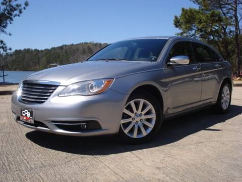 2013 Chrysler 200 for sale in Oakwood, GA