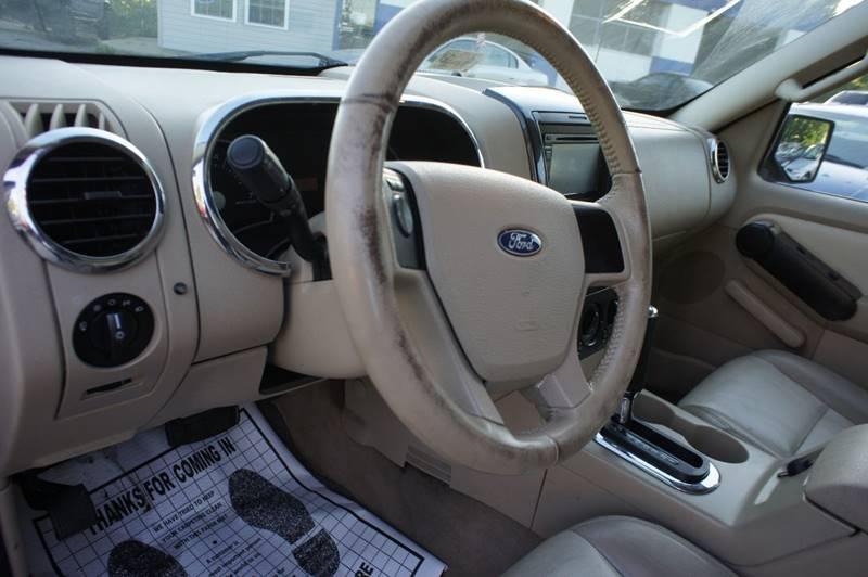 2006 Ford Explorer XLT 4dr SUV 4WD w/V6 - Richmond VA