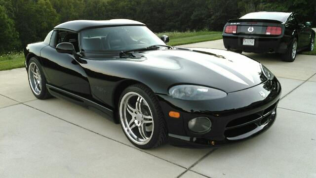1996 Dodge Viper LOW MILES !
