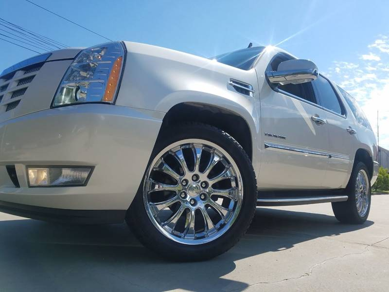 2011 Cadillac Escalade for sale at The Best Muscle Cars in Clarksburg MD