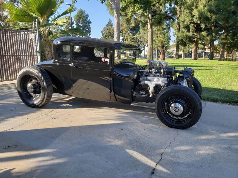 1928 Ford 5 Window Street Rod