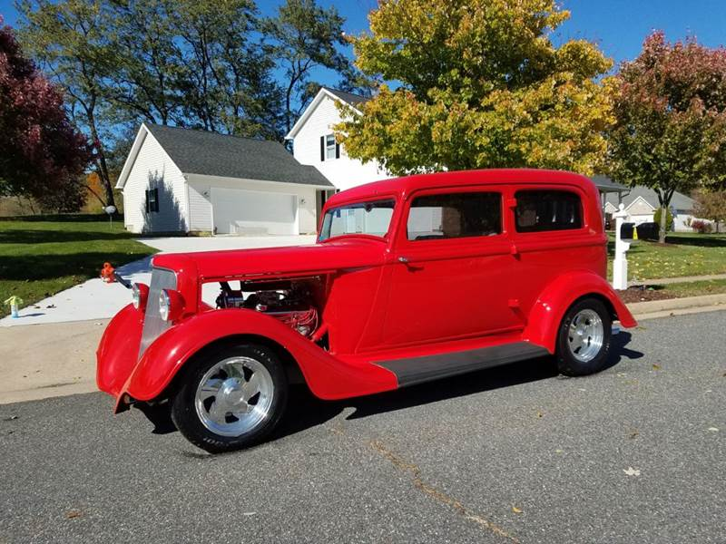 1934 Plymouth Deluxe Street Rod