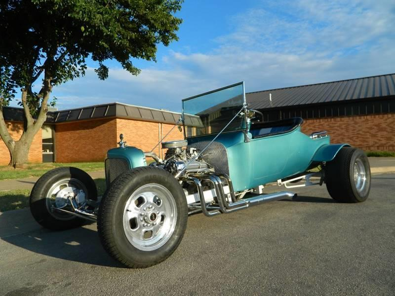 1928 Ford T Bucket Roadster