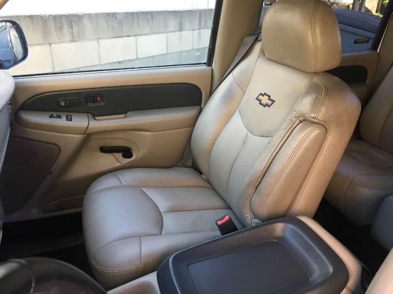 2002 Chevrolet Avalanche 1500 4dr 4WD Crew Cab SB - Glendora CA