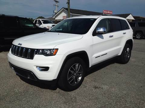 2017 Jeep Grand Cherokee for sale at TAVERN MOTORS in Laurens SC