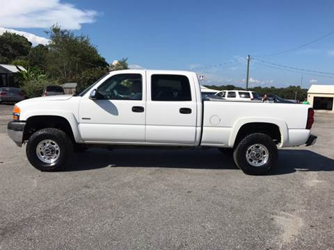 2002 GMC Sierra 2500HD for sale at TAVERN MOTORS in Laurens SC