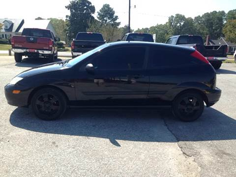 2001 Ford Focus for sale at TAVERN MOTORS in Laurens SC