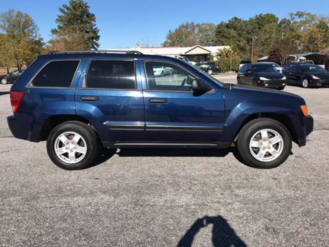 2006 Jeep Grand Cherokee for sale at TAVERN MOTORS in Laurens SC