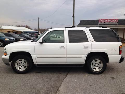 2004 Chevrolet Tahoe for sale at TAVERN MOTORS in Laurens SC