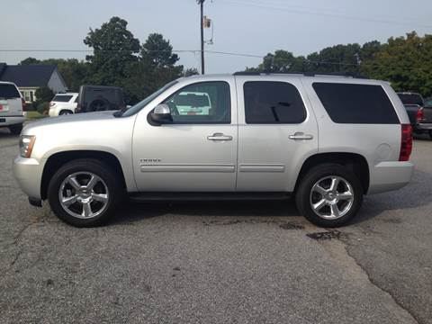 2010 Chevrolet Tahoe for sale at TAVERN MOTORS in Laurens SC