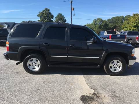 2005 Chevrolet Tahoe for sale at TAVERN MOTORS in Laurens SC