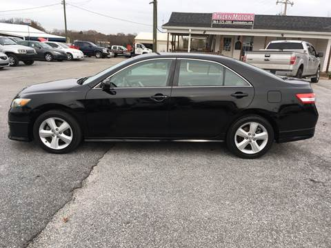 2010 Toyota Camry for sale at TAVERN MOTORS in Laurens SC
