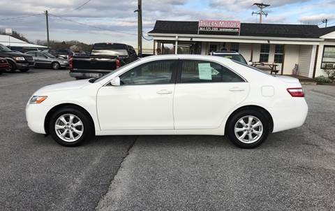 2009 Toyota Camry for sale at TAVERN MOTORS in Laurens SC