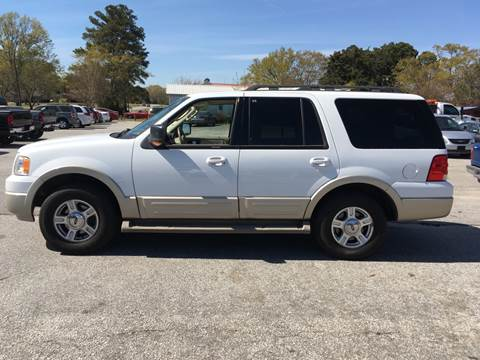 2006 Ford Expedition for sale at TAVERN MOTORS in Laurens SC