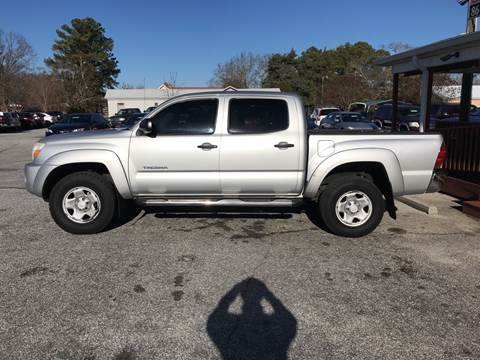 2008 Toyota Tacoma for sale at TAVERN MOTORS in Laurens SC