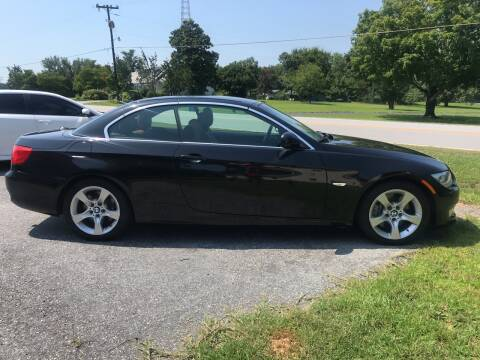 2012 BMW 3 Series for sale at TAVERN MOTORS in Laurens SC