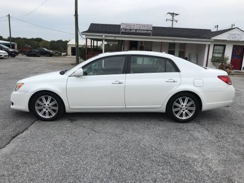 2009 Toyota Avalon for sale at TAVERN MOTORS in Laurens SC