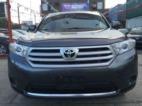 2012 Toyota Highlander for sale at TJ AUTO in Brooklyn NY