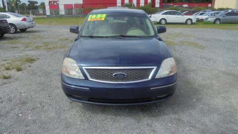 2005 Ford Five Hundred for sale at Auto Mart - Moncks Corner in Moncks Corner SC