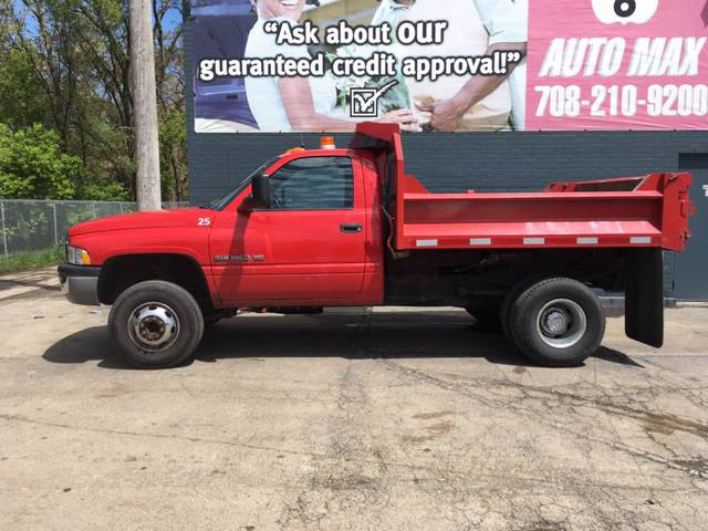 2001 Dodge Ram Chassis 3500 for sale at ROUTE 6 AUTOMAX in Markham IL