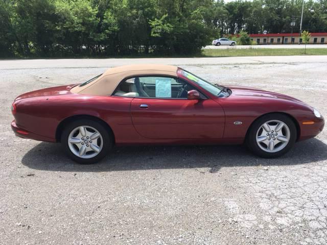 1999 Jaguar XK-Series for sale at ROUTE 6 AUTOMAX in Markham IL