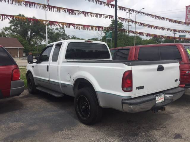 1999 Ford F-250 Super Duty for sale at ROUTE 6 AUTOMAX in Markham IL