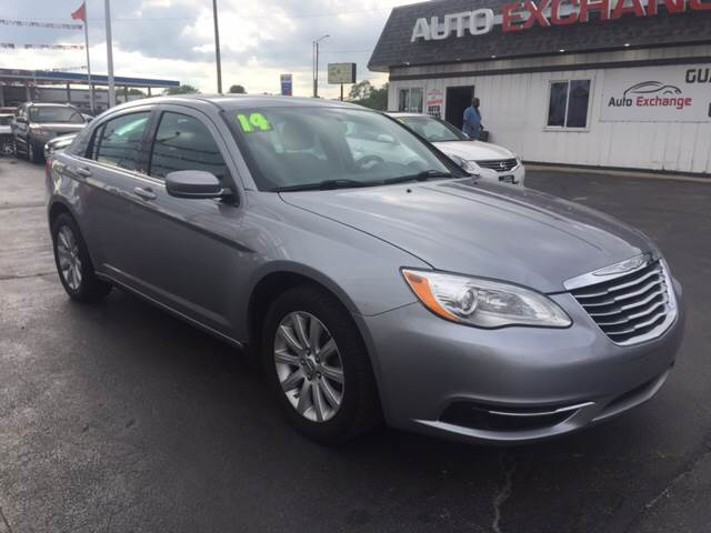 2014 Chrysler 200 for sale at ROUTE 6 AUTOMAX in Markham IL