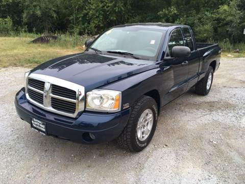 2006 Dodge Dakota for sale at ROUTE 6 AUTOMAX in Markham IL