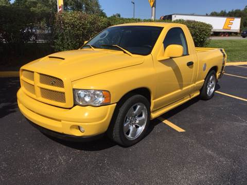 2004 Dodge Ram Pickup 1500 for sale at ROUTE 6 AUTOMAX in Markham IL