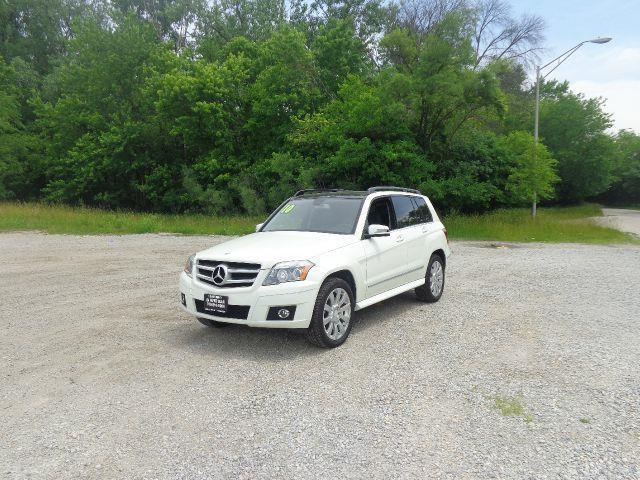2010 Mercedes-Benz GLK for sale at ROUTE 6 AUTOMAX in Markham IL