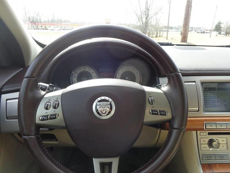 2010 Jaguar XF for sale at ROUTE 6 AUTOMAX in Markham IL