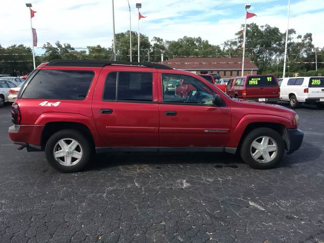 2003 Chevrolet TrailBlazer for sale at ROUTE 6 AUTOMAX - THE AUTO EXCHANGE TRADE LOT in Harvey IL