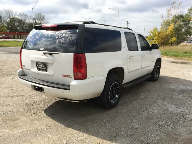 2007 GMC Yukon XL for sale at ROUTE 6 AUTOMAX in Markham IL
