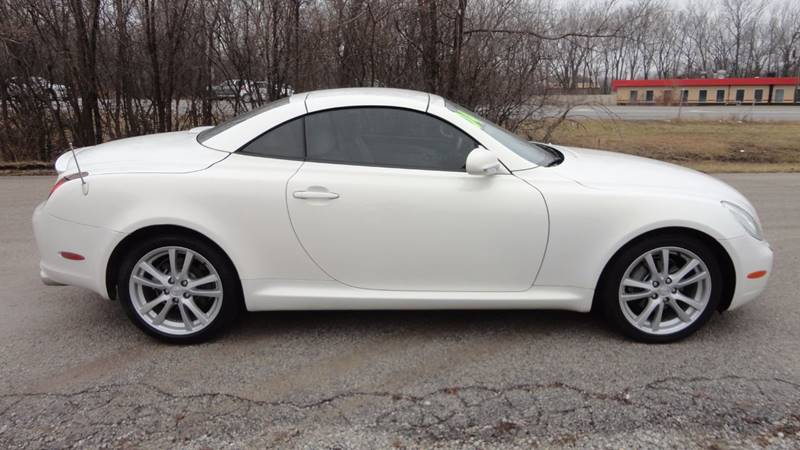 2002 Lexus SC 430 for sale at ROUTE 6 AUTOMAX in Markham IL