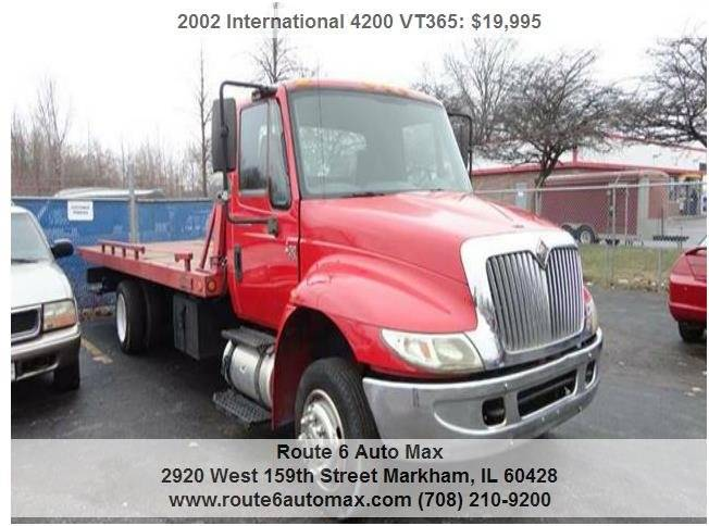 2002 International 4200 VT365 for sale at ROUTE 6 AUTOMAX in Markham IL